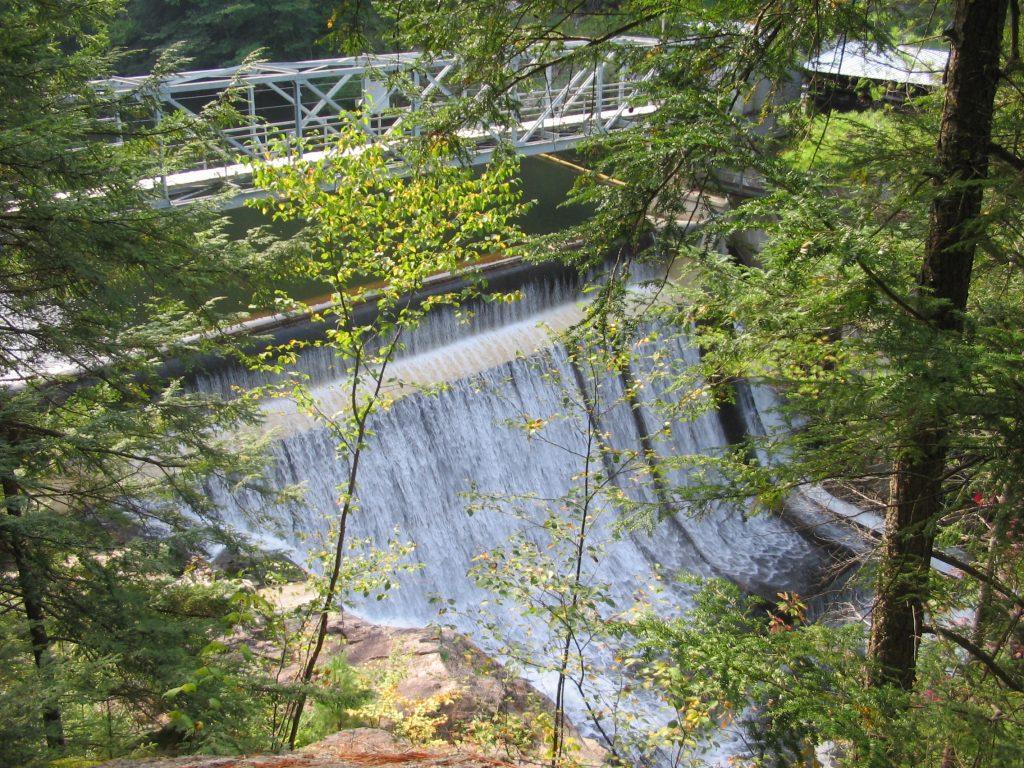 Cavendish dam