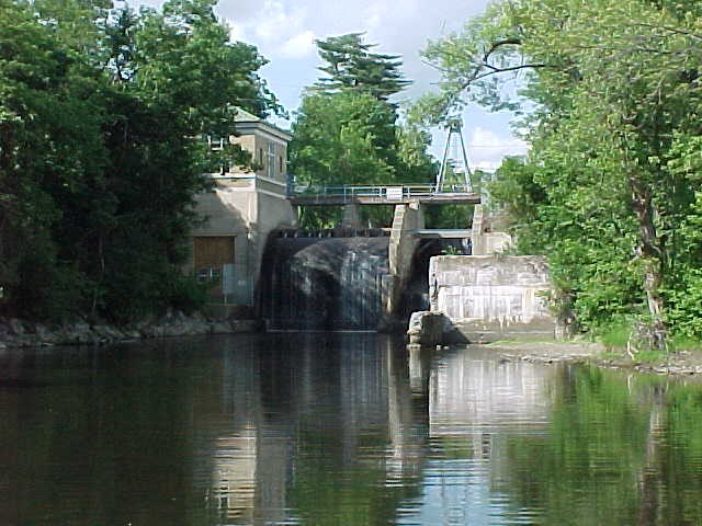 Automatic powerhouse from across tailrace